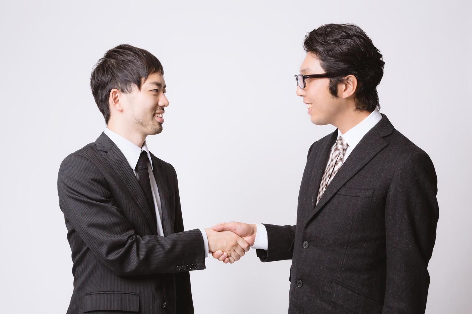 企業が共同で商品開発すると補助されます。